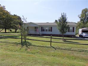 1128 SURRATT RD, Denton, NC 27239 - Photo 2