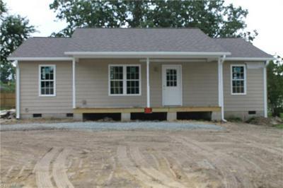405 CANNON ST, Thomasville, NC 27360 - Photo 1