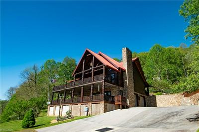 347 HIDDEN MOUNTAIN LN, Crumpler, NC 28617 - Photo 2
