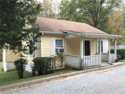 153 WILLIAMS ST, MOCKSVILLE, NC 27028 - Photo 2