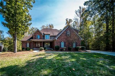 8582 SHEPPARDS RUN DR, Kernersville, NC 27284 - Photo 1