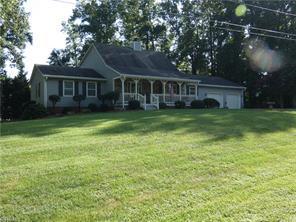 102 MIDKIFF RD, Jamestown, NC 27282 - Photo 2
