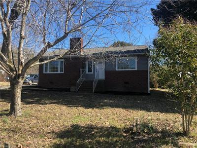 412 FOX ST, Randleman, NC 27317 - Photo 2