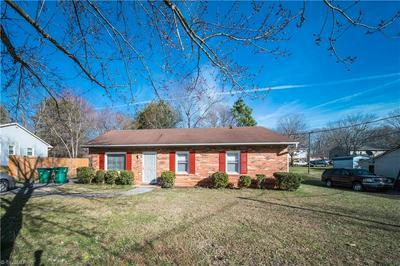 529 HEATHERTON LN, RURAL HALL, NC 27045 - Photo 1