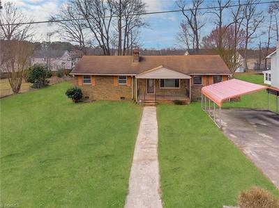 1612 BRANNOCK DR, Greensboro, NC 27406 - Photo 1