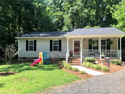 315 PINEDALE DR, Reidsville, NC 27320 - Photo 1