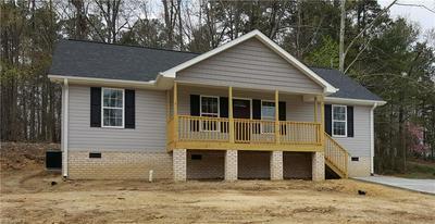 208 BLACK AVE, Thomasville, NC 27360 - Photo 2