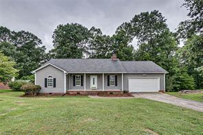 979 ROCKCLIFF TER, Asheboro, NC 27205 - Photo 1