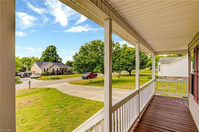7 COURTNEY DR, Thomasville, NC 27360 - Photo 2