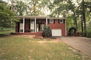 109 TIMBERWOOD DR, Jamestown, NC 27282 - Photo 1