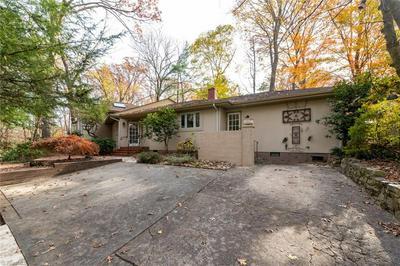 505 KEMP RD W, Greensboro, NC 27410 - Photo 2