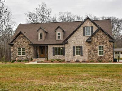192 HILLCREST DR, ADVANCE, NC 27006 - Photo 1