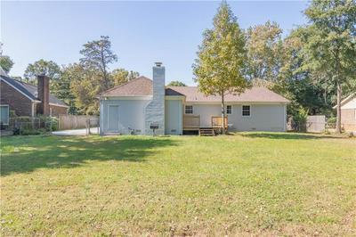 3206 DILLON RD, Jamestown, NC 27282 - Photo 2