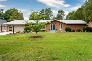 405 GUILFORD RD, Jamestown, NC 27282 - Photo 1