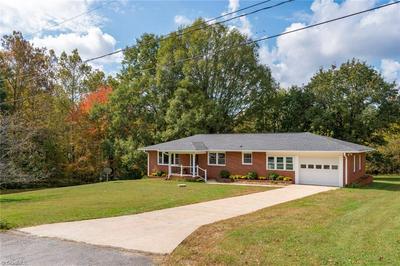 5110 YUKON RD, Walkertown, NC 27051 - Photo 2