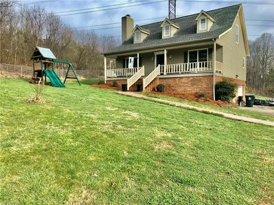 7605 MILLWAY DR, TOBACCOVILLE, NC 27050 - Photo 2
