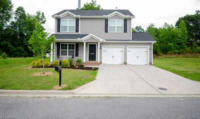 4733 FOX TROT RD, Greensboro, NC 27406 - Photo 2