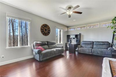 291 PINE VALLEY RD, Thomasville, NC 27360 - Photo 2