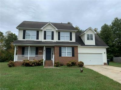 557 SHANNON RIDGE CT, Greensboro, NC 27455 - Photo 1