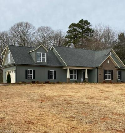 6840 DORAL DR, TOBACCOVILLE, NC 27050 - Photo 1