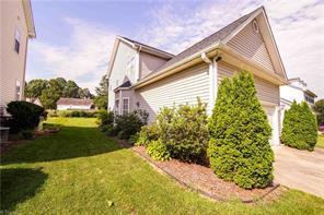 6421 WOODMONT RD, Jamestown, NC 27282 - Photo 2