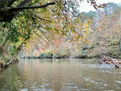 1664 MISSION RD, Danbury, NC 27016 - Photo 2