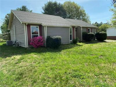 7529 GREENMEADOW DR, Tobaccoville, NC 27050 - Photo 2