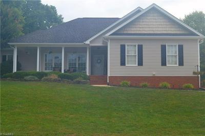 405 WINCHESTER DR, Graham, NC 27253 - Photo 2