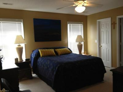 3131 SOUTHAMPTON DR, Jamestown, NC 27282 - Photo 2