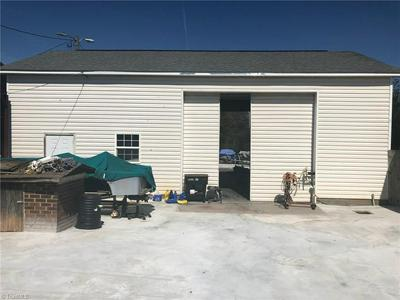 6415 BRINGLE FERRY RD, SALISBURY, NC 28146 - Photo 1
