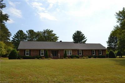 141 SAINT ANDREWS DR, Stoneville, NC 27048 - Photo 1