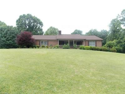 3505 BALTIMORE RD, East Bend, NC 27018 - Photo 2