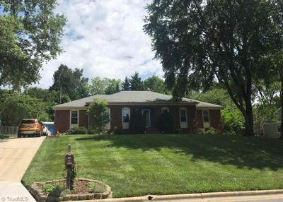 5512 ROBINRIDGE RD, Greensboro, NC 27410 - Photo 1