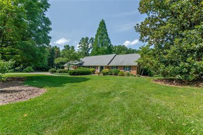 903 COUNTRY CLUB DR, Lexington, NC 27292 - Photo 2