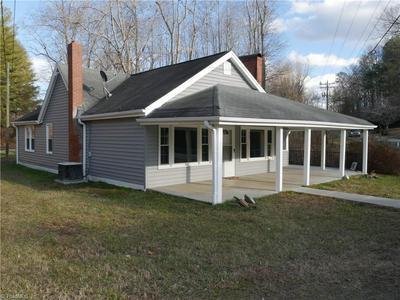905 N MAIN ST, Danbury, NC 27016 - Photo 1