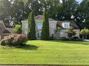 4718 CHESTERFIELD PL, Jamestown, NC 27282 - Photo 1