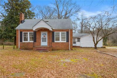 4105 PLEASANT GARDEN RD, Greensboro, NC 27406 - Photo 1