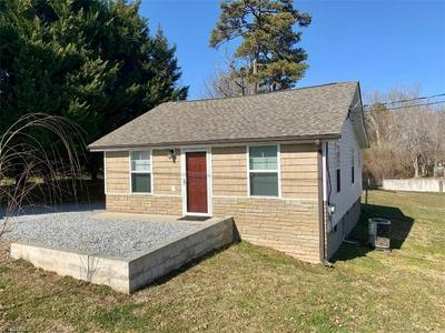 5615 RIVERDALE DR, Jamestown, NC 27282 - Photo 1