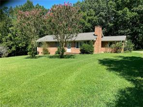 5304 HILLTOP RD, Jamestown, NC 27282 - Photo 1