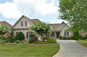 125 SYCAMORE COMMONS LN, Bermuda Run, NC 27006 - Photo 2