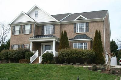6525 FIELDMONT MANOR DR, Tobaccoville, NC 27050 - Photo 2