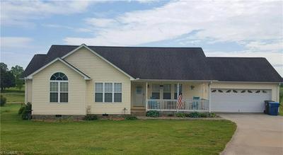 125 OAK LEAF CT, Mocksville, NC 27028 - Photo 1