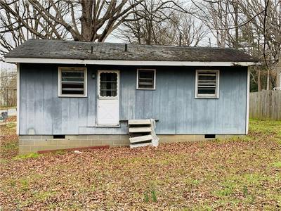 124 ALBERTSON RD, THOMASVILLE, NC 27360 - Photo 1