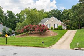 116 ARLINGTON DR, Jamestown, NC 27282 - Photo 1