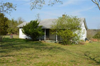 8600 FULP RD, Stokesdale, NC 27357 - Photo 2