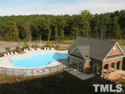 928 MORRIS DALE LN, Cary, NC 27519 - Photo 2