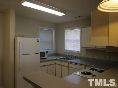 1430 COLLEGEVIEW AVE APT 102, Raleigh, NC 27606 - Photo 2