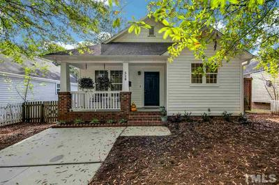 528 MOSELY LN, Raleigh, NC 27601 - Photo 1