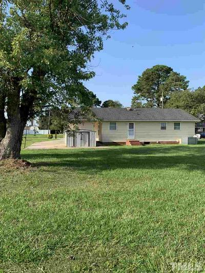 102 LILLY ST, Dunn, NC 28334 - Photo 2