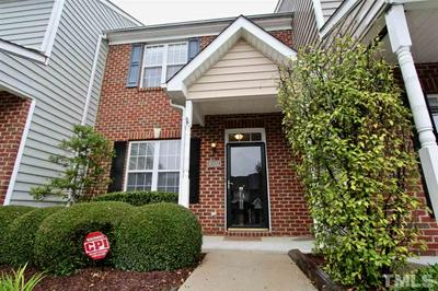 8702 LEEDS FOREST LN, Raleigh, NC 27615 - Photo 1